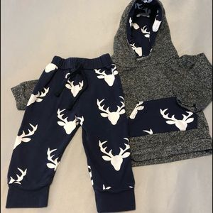 Other - Boys 9 month sweatsuit w reindeer silhouette